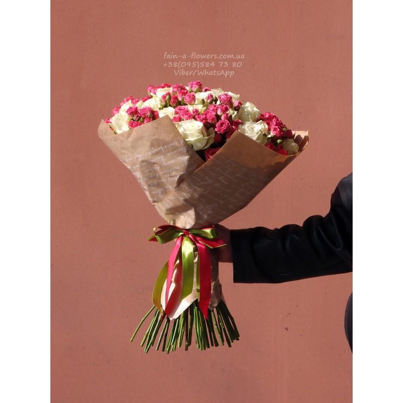 51 роза микс белая + розовая кустовая 60 см